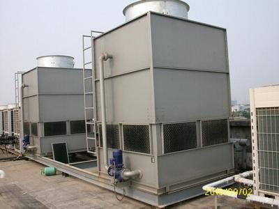 封闭式冷却塔